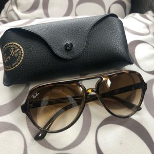 Authentic Ray Ban CATS 5000 classic